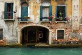 Eski bir ev Venedik, İtalya'nın — Stok fotoğraf