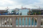 Boats and gondolas on the Grand Canal of Venice, Italy. — Stockfoto
