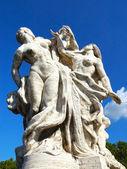 Rzeźba w vittorio emanuele ii most, rzym, włochy — Zdjęcie stockowe