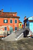 Bridge and colourful houses in Burano, Venice,Italy      — Stock Photo