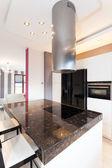 Cottage vibrante - cucina — Foto Stock
