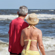 Senior couple at seaside — Stock Photo