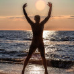 Exercise on the beach — Stock Photo