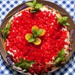 Summer cake — Stock Photo