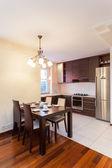Spacious apartment - Kitchen — Stock Photo