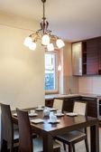 Rymlig lägenhet - kök — Stockfoto