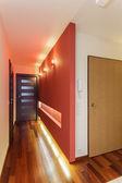 宽敞的公寓-入口 — 图库照片