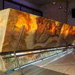 Woodland hotel - onyx bar countertop — Stock Photo