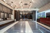 Woodland hotel - entrance — Stock Photo