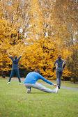 练习和伸展运动 — 图库照片