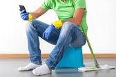 Break during housework — Stock Photo
