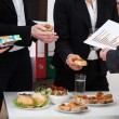 Business consultation during lunch — Foto Stock