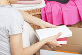 Packing books — Stock Photo