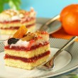 Strawberry sponge cake — Stock Photo