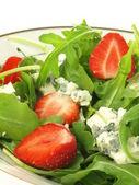 Gorgonzola in salad — Stock Photo