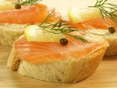 Bread with salmon — Stock Photo