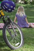 Picnic recreation after bike riding — Stock Photo