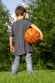 Little basketball player — 图库照片