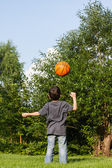 Little boy playing with ball — Foto de Stock