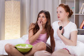 Teenagers watching horror movie — Foto de Stock
