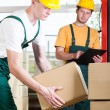 Supervisor and warehouse worker during job — Stock Photo