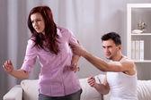 Geweld in het jonge huwelijk — Stockfoto