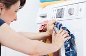 Housekeeper learning to launder — Stock Photo