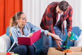 Couple preparing to moving house — Stock Photo
