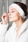 きれいな女性のメイクアップ — ストック写真
