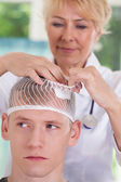 Patient with head wound — Stock Photo