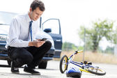 Man calling for help after accident — Stock Photo