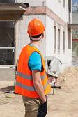 Bouwer werknemer op de bouwplaats — Stockfoto