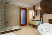 Modern bathroom — Stockfoto