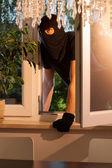 Burglar entering the house — Stock Photo