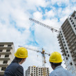 Architector and foreman on construction site — Stock Photo