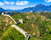 Great Wall of China on summer sunny day, Jinshanling section near Beijing — Stock Photo