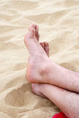 Fötter i sanden — Stockfoto