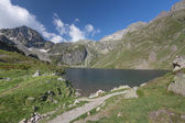 Mountain lake, National park of pyrenees, France — Stock Photo