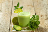 Healthy green smoothie — Stock Photo