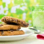 Milk and Cookies — Stock Photo