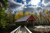 Covered bridge in franconia notch state park — Stock Photo