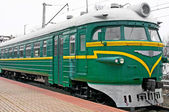 Electric passenger train at platform — Stock Photo