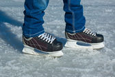 Feet in ice skating rink — Foto de Stock