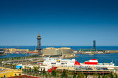 BARCELONA, SPAIN - JUN 09, 2014: Port Vell, the harbor in Barcel — Stockfoto