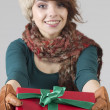 Winter Girl with Gift — Stockfoto