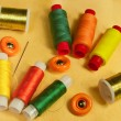 Accessories for sewing and needlework: thread, scissors, buttons — Stock Photo