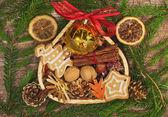 Vánoční rám s košíkem — Stock fotografie