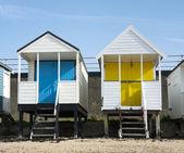 Kolorowe plażowe w beckenham, essex, wielka brytania. — Zdjęcie stockowe