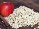 Oat flakes apple and cinnamon — Stock Photo