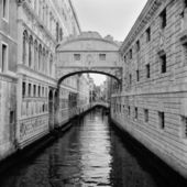 Italy. Venice. Bridge of Sighs. — Stock Photo